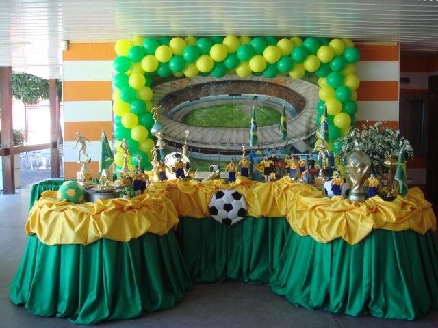 Decoração para Mesa de Festa - Futebol do Brasil