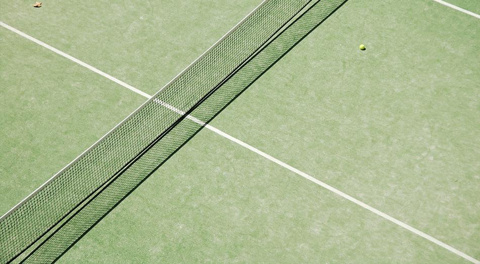 gramado de tennis