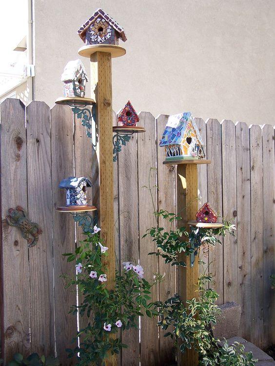 casa de passarinho no jardim