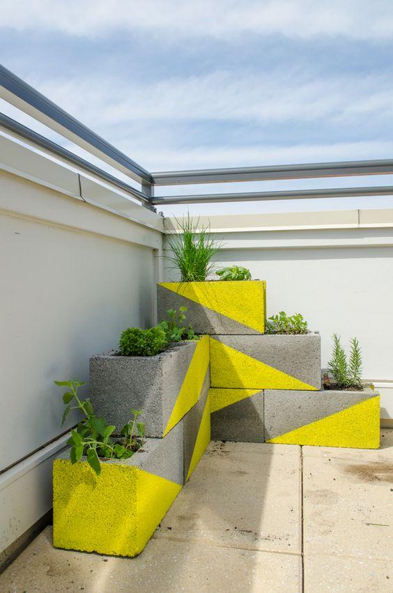 floreira pintada de concreto