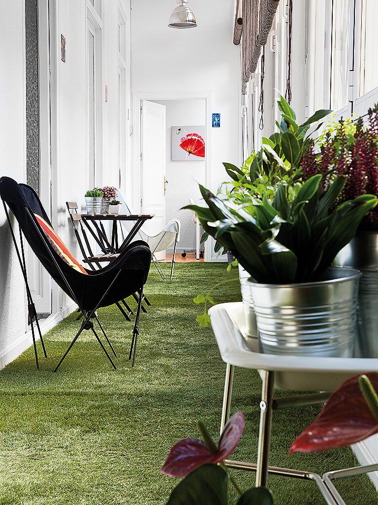 jardim de inverno com grama sintética