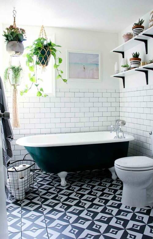 Banheiro decorado com Jardins Suspensos