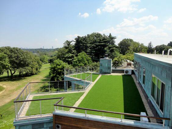 terraco com grama sintética