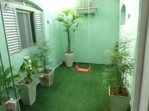 grama artificial para jardim de inverno