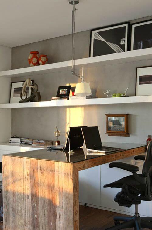 Escritório com decoração clean