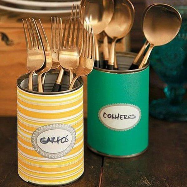 latas para guardar talheres na cozinha