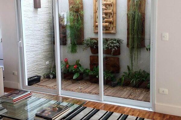 Como montar um jardim de inverno na sala