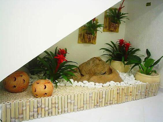 Jardins internos com pedras
